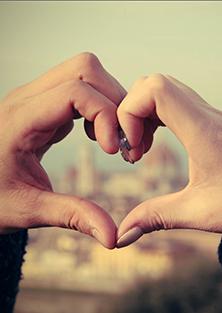 selvværdsboost_selvkærlighed_hænder